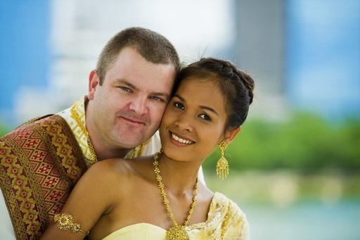 The Challenges of Thai-Western Relationships You Should Know