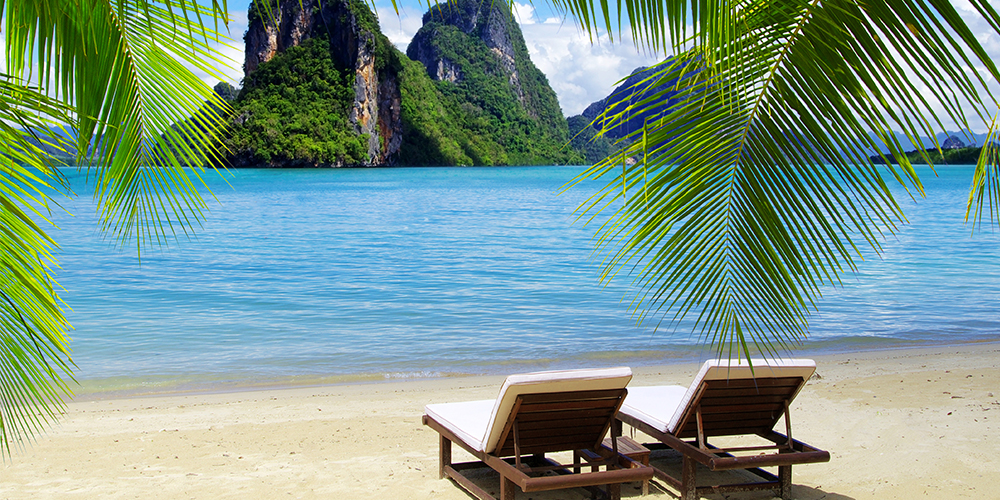 Phuket Travel Guide: Hotels, Weather, & Beaches