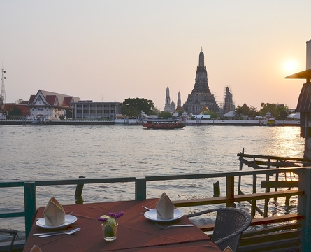 6 Top Romantic Spots In and Around Bangkok