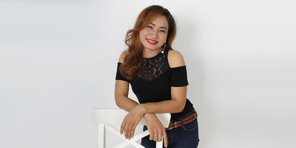 "Thai Matchmaking: Meet Charming Thai Lady ""Ooy"""