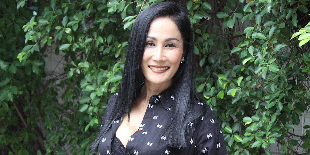 "Online Dating: Meet Lovely Thai Lady ""Kate"""