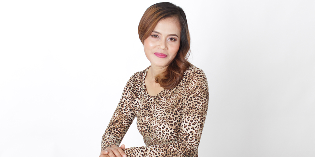 """Thai Dating: Meet Pretty Thai Lady """"Rainny"""""""