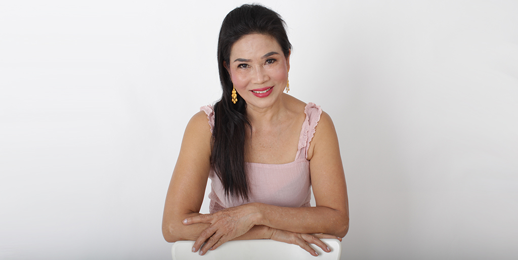 "Thai Matchmaking: Meet Adorable Lady ""Mona"""