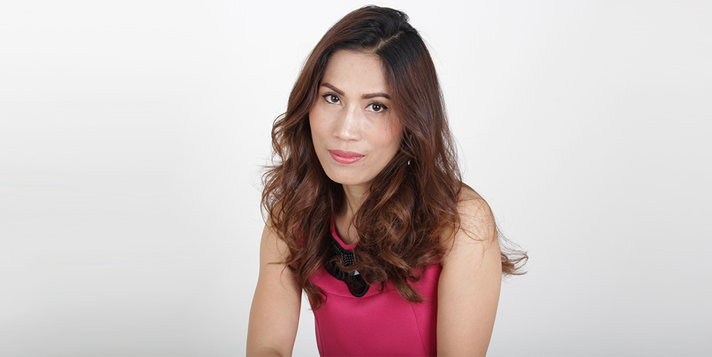"""Thai Matchmaking: Meet Gorgeous Thai Lady """"Ja"""""""