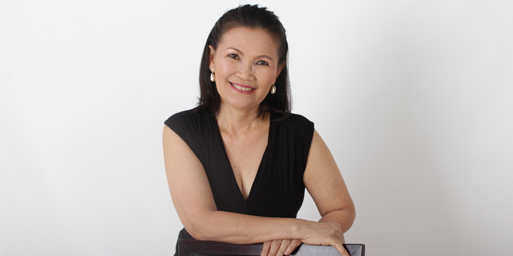 "Thai Matchmaking: Meet Wonderful Thai Lady ""Max"""