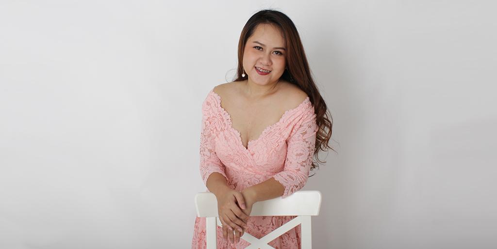 """Thai Singles: Meet Charming Thai Lady """"Nida"""""""