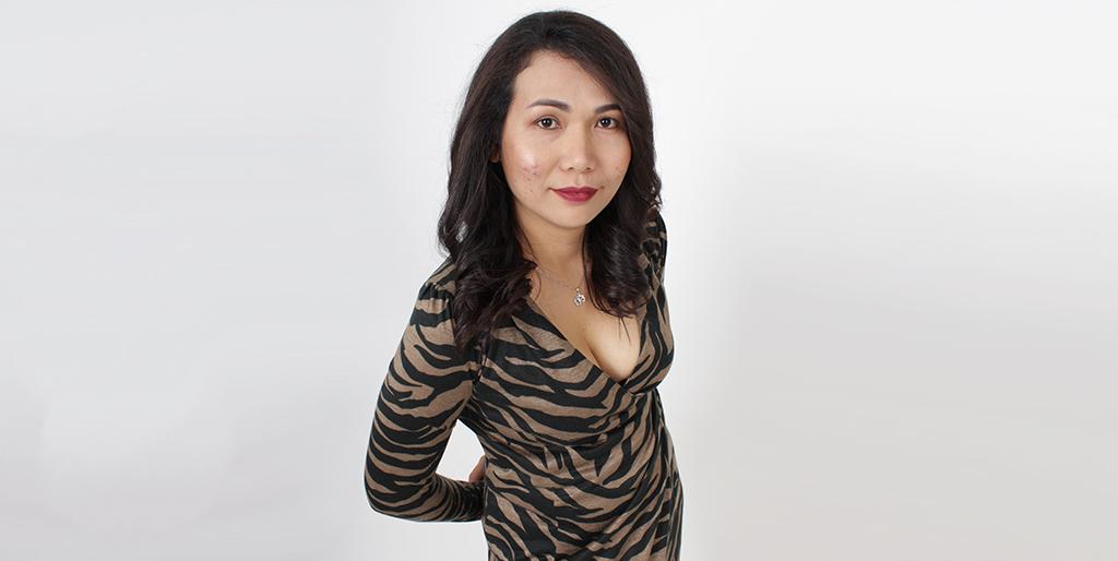 """Thai Matchmaking: Meet Cheerful Thai Lady """"Wi"""""""