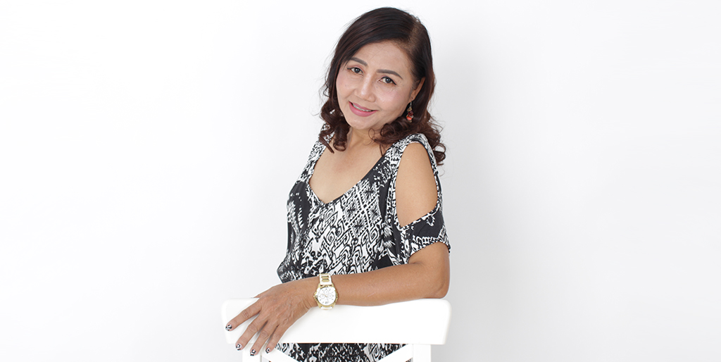 "Thailand Dating: Meet Beautiful Thai Lady ""Rose"""