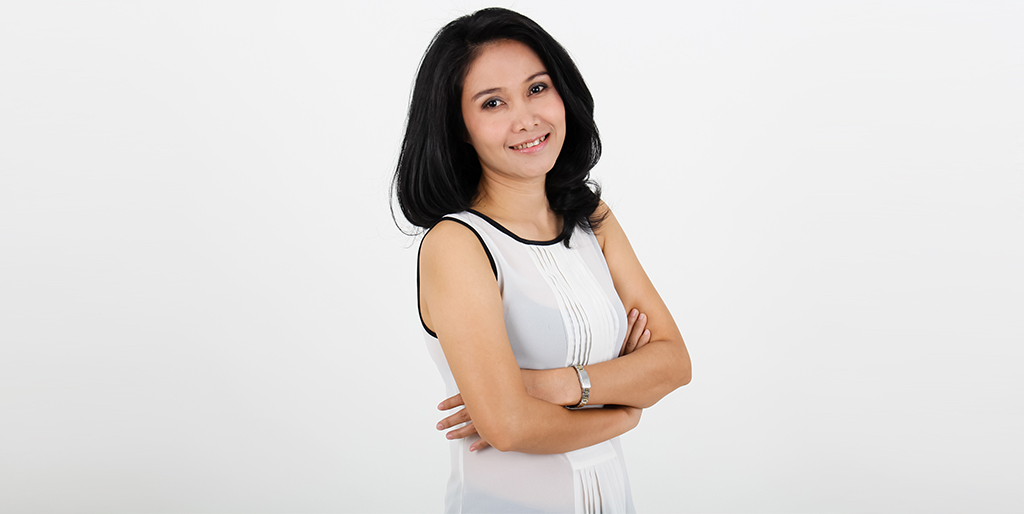 "Thai Matchmaking: Meet Charming Thai Lady ""Nong"""