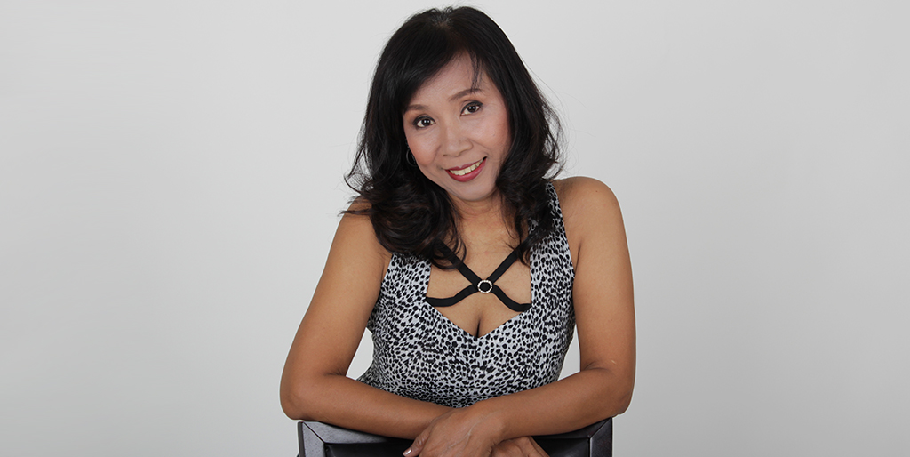 "Thai Dating Online: Meet Beautiful Thai Lady ""Parnjin"""