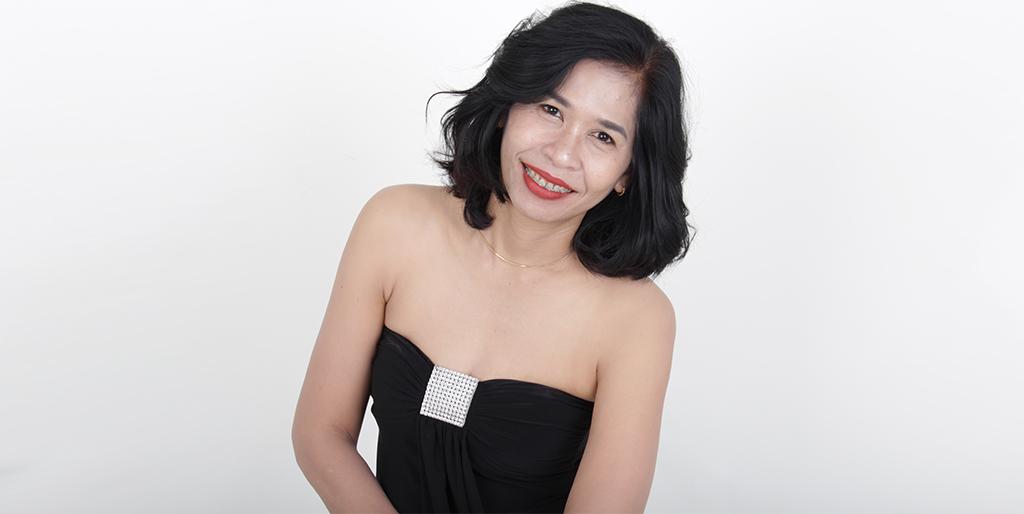 "Asian Online Dating: Meet A Wonderful Thai Lady ""Weena"""