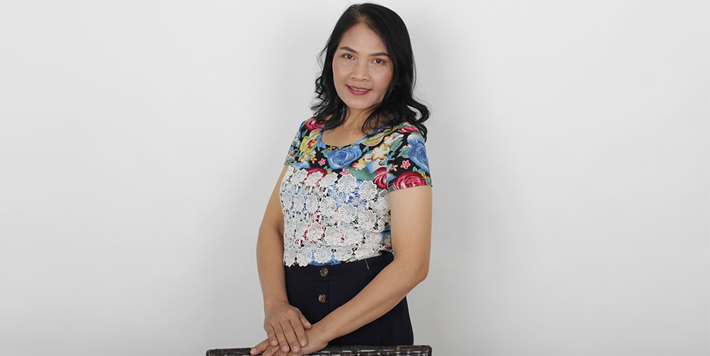 "Thai Matchmaking: Meet Wonderful Thai Lady ""Rainny"""