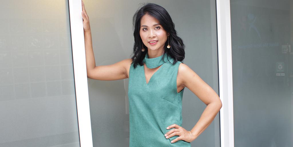 """Thai Dating Online: Meet Amiable Thai Lady """"Siri"""""""
