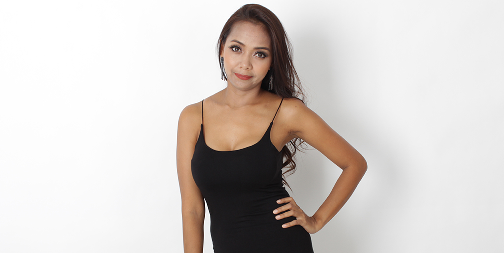 "Asian Online Dating: Meet Stunning Thai Lady ""Lada"""