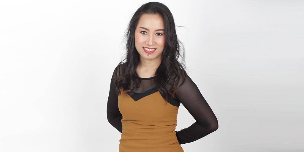 """Thai Matchmaking: Meet Outgoing Thai Lady """"Aoi"""""""