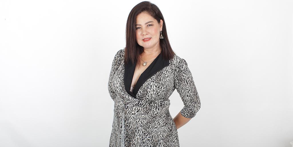 "Thai Singles: Meet Wonderful Thai Lady ""Ped"""