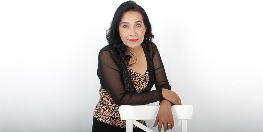 "Online Dating: Meet Lovely Thai Lady ""Wan"""