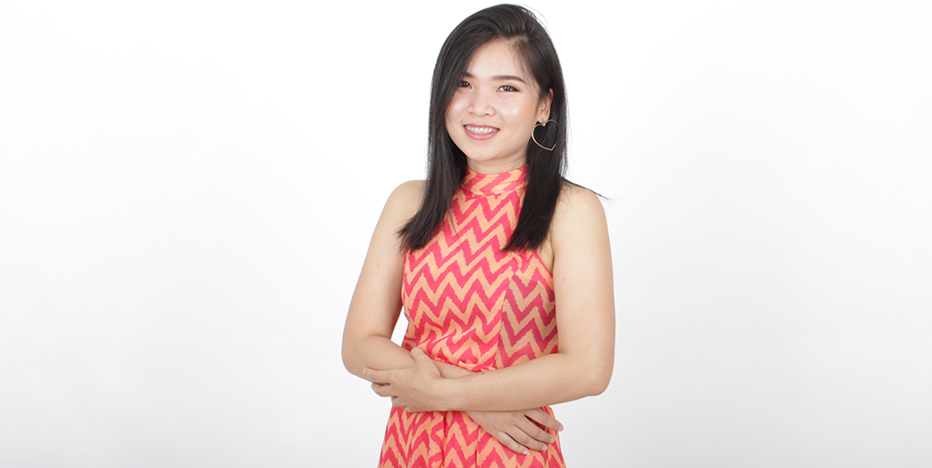 "Thai Dating Online: Meet Pretty Thai Lady ""May"""