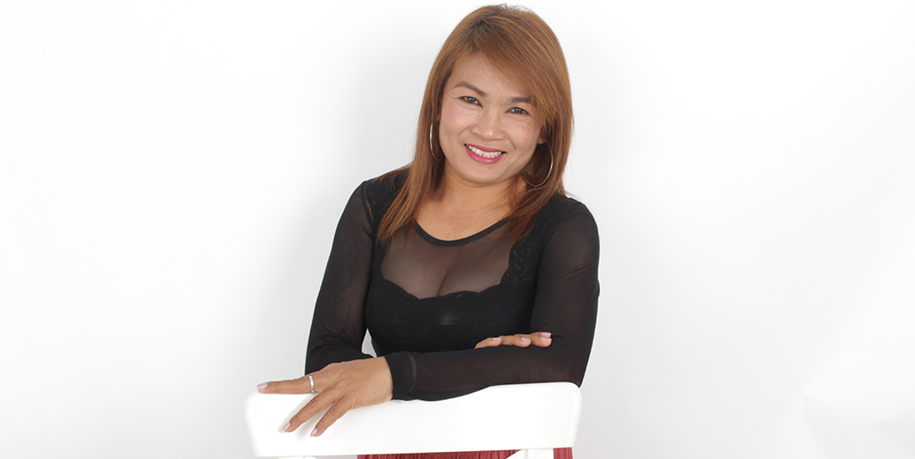 "Thai Dating Online: Meet An Amazing Thai Lady ""Mon"""