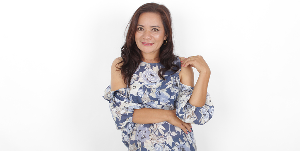 "Matchmaker: Meet Beautiful Thai Lady ""Rak"""