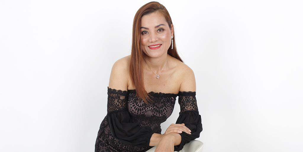 "Thai Matchmaking: Meet Gorgeous Thai Lady ""Wan"""