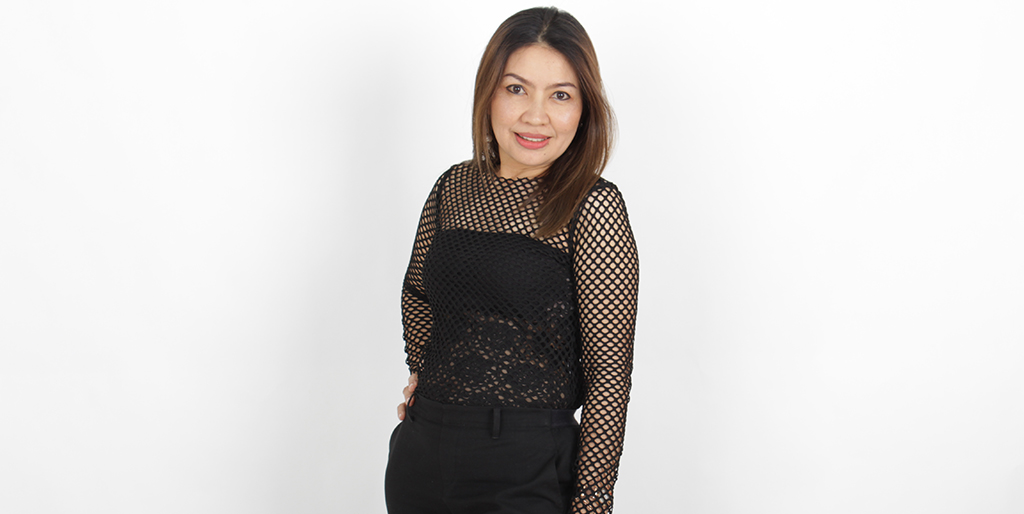 "Thailand Dating: Meet Charming Thai Lady ""Koong"""